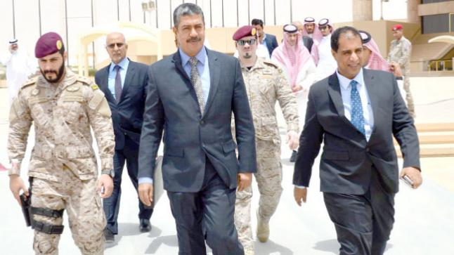 الحكومة اليمنية تغادر عدن صوب الرياض