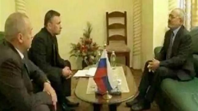 علي عبدالله صالح يظهر في السفارة الروسية بصنعاء