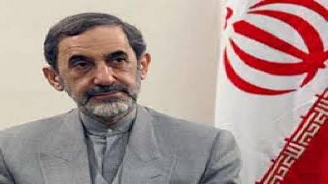 مستشار السياسة الخارجية الإيراني: لن نسمح لأحد بإيذاء بشار الأسد
