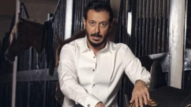مصطفى شعبان ونجلاء بدر في كواليس أبو جبل