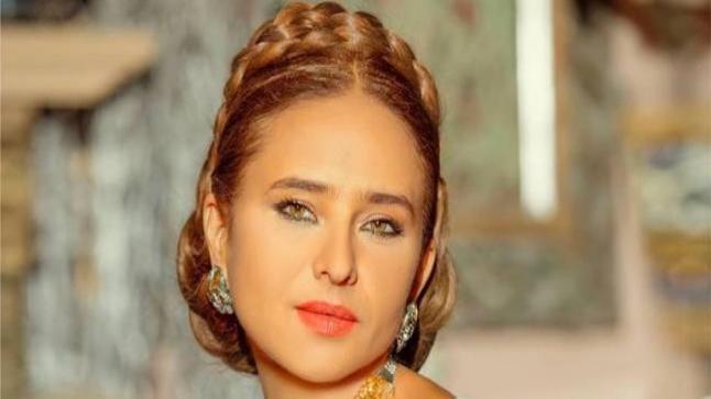 نيللي كريم تنفي خبر اعتزالها التمثيل