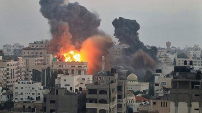 الجيش الإسرائيلي يشن غارات على مواقع عسكرية لحماس في غزة