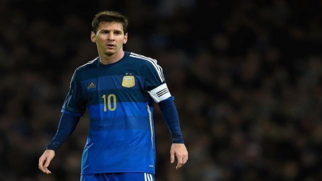 ليونيل ميسي يقرر عدم المشاركة مع منتخب بلاده أمام البرازيل