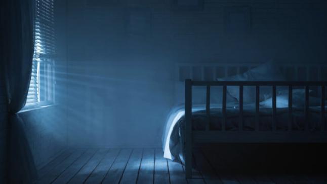 أسباب عدم الشعور بالألم عند المشي أثناء النوم