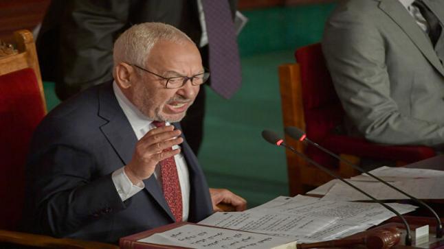 الغنوشي يدعو رئيس الجمهورية لعقد اجتماع ثلاثي لتلاشي الصراع بينهم