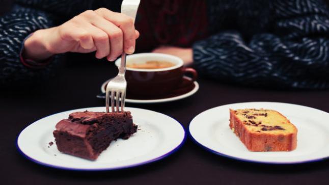 الإفراط في تناول الطعام ناجم عن نقص هرمون في الدماغ