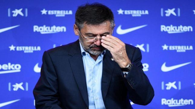 بعد 24 ساعة فقط.. إطلاق سراح مشروط لرئيس برشلونة السابق