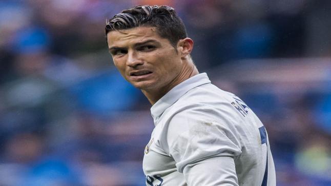 كريستيانو رونالدو يرغب في مواجهة ريال مدريد للرد على فلورينتو بيريز