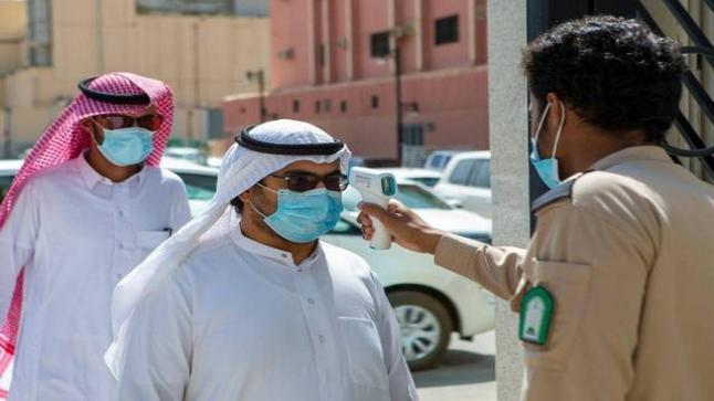 لأول مرة منذ 7 أشهر.. إصابات كورونا بالسعودية ترتفع وتصل إلى 700 حالة
