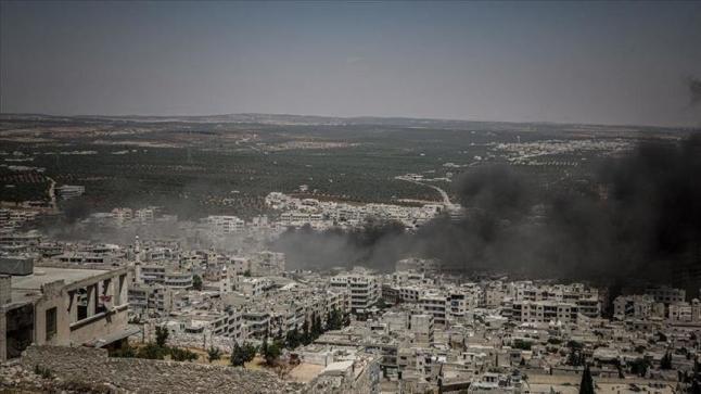 قوات النظام السوري تحاصر مدينة خان شيخون ومدن أخرى بريف حماة الشمالي