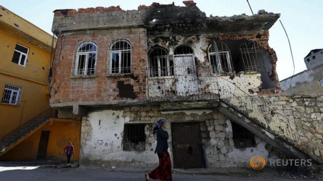 الهجوم العسكري التركي يقتل 110 مسلحا كرديا في ستة أيام