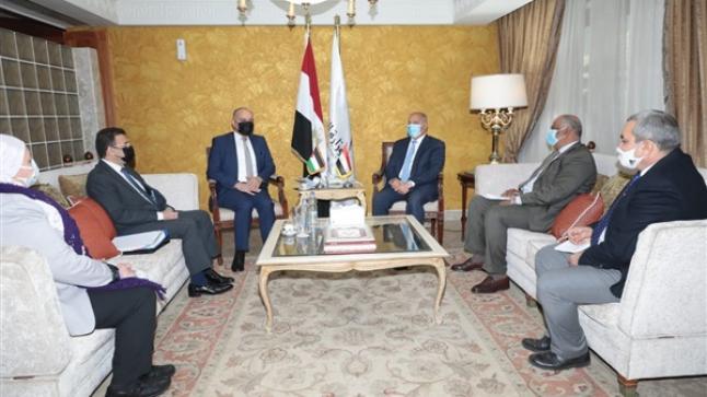 مصر توقع بروتوكول تعاون مع الاردن والعراق لتدشين خط بري جديد