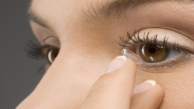 العدسات اللاصقة التجميلية : توضيحات ونصائح لعموم المستخدمين