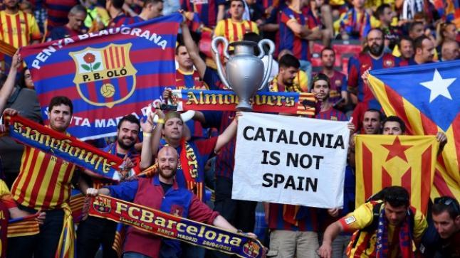 رئيس وزراء فرنسا يدعو برشلونة للعب في الدوري الفرنسي