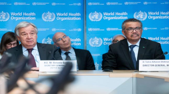 الصحة العالمية تحذر العالم من موجة ثالثة ورابعة في حالة تخفيف الاجراءات