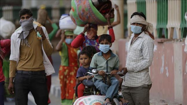 """الهند تعلن اكتشاف سلالة """"مزدوجة التحور"""" لكورونا"""